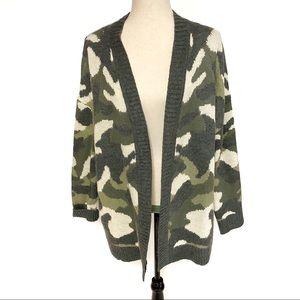 NWOT Universal Thread Camo Cardigan Sweater, Large